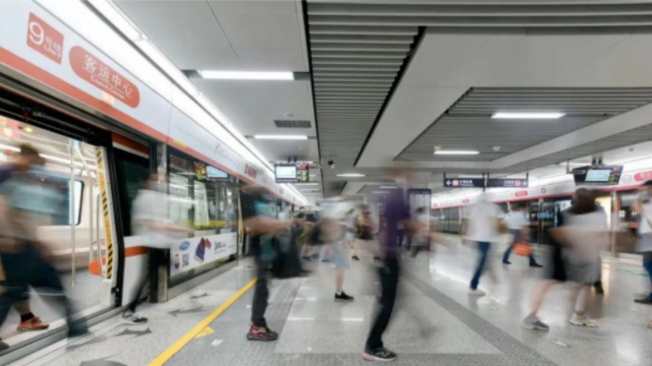 尚安防火玻璃、防火门和防火卷帘门应用于杭州地铁项目